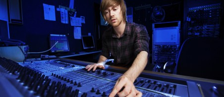 rhino7_Sound_Engineer